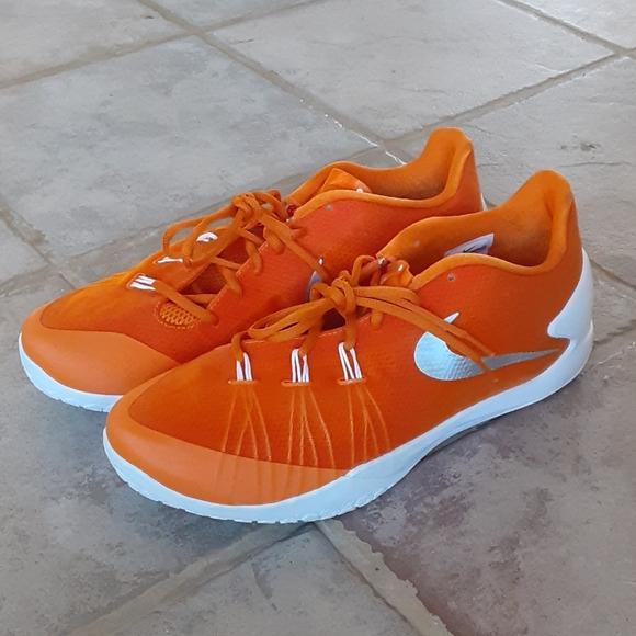 Nike Shoes   Hyperchase Basketball
